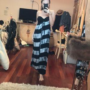 Dresses & Skirts - White and black tie dye sundress